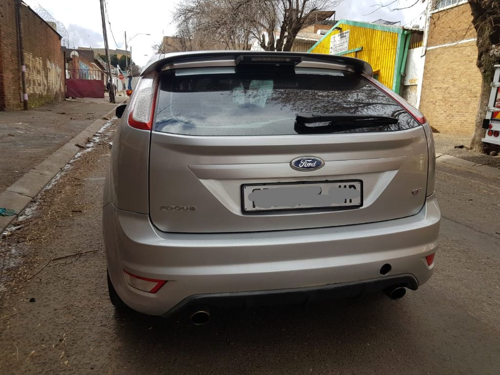 used-ford-focus-2981906-4.jpg