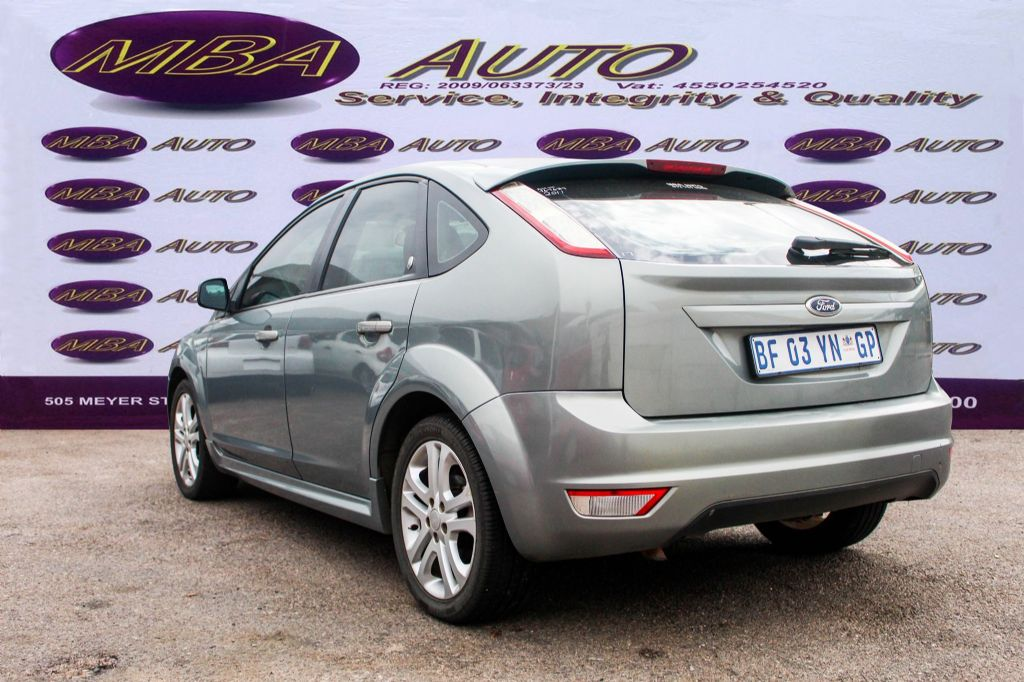 used-ford-focus-3041599-3.jpg