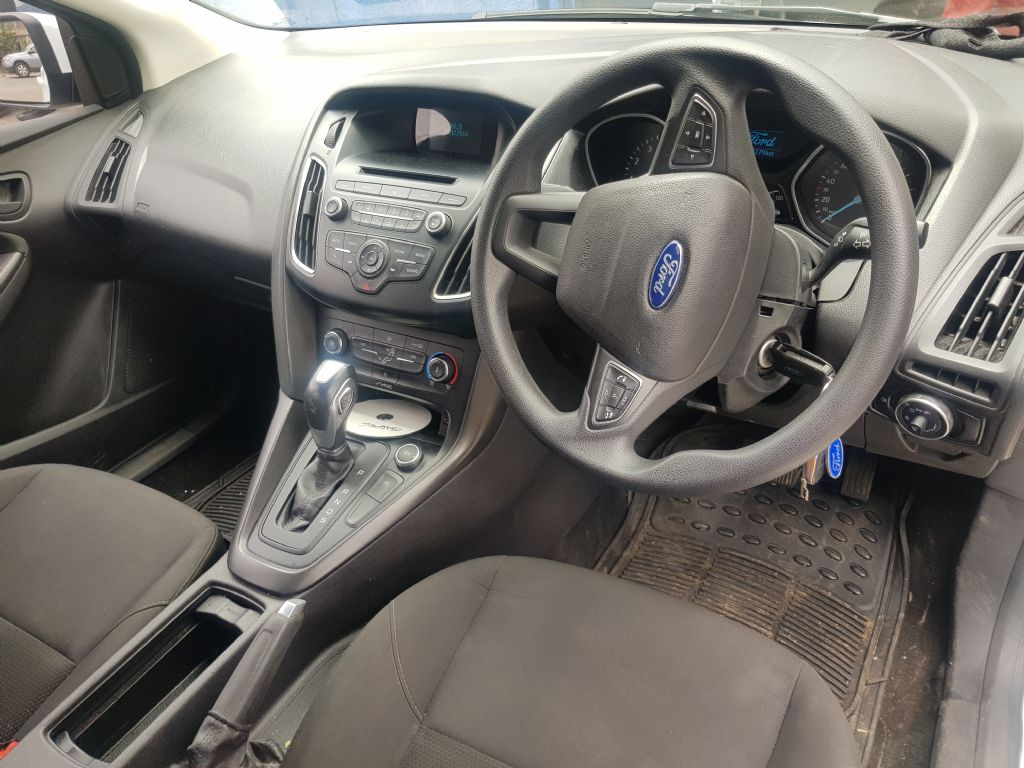 used-ford-focus-3238575-8.jpg