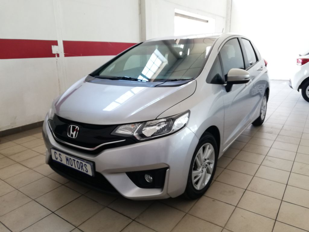 used-honda-jazz-2793508-3.jpg