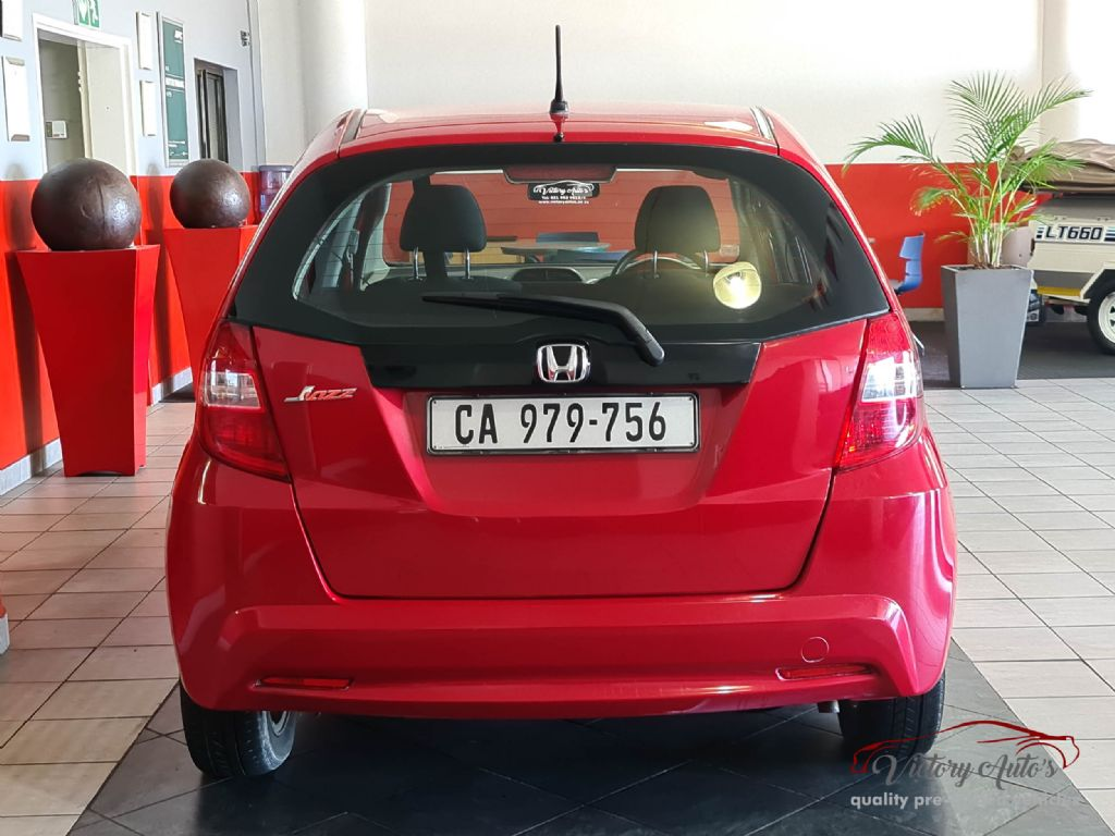 used-honda-jazz-3070342-3.jpg