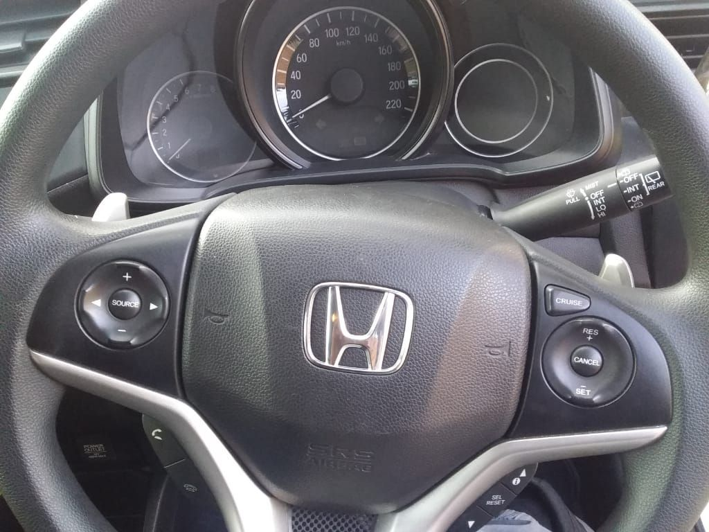 used-honda-jazz-3074211-3.jpg