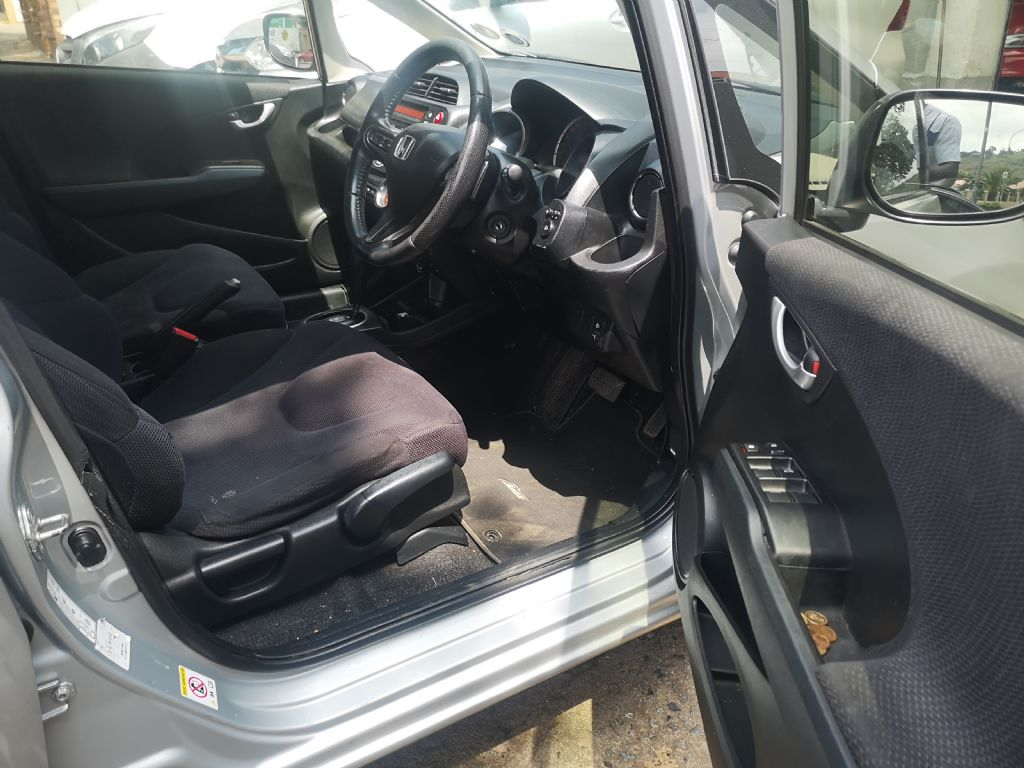 used-honda-jazz-3208698-8.jpg