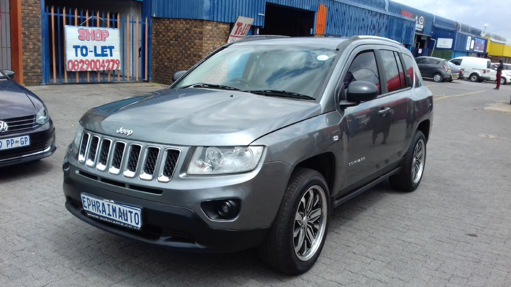 used-jeep-compass-2761888-1.jpg