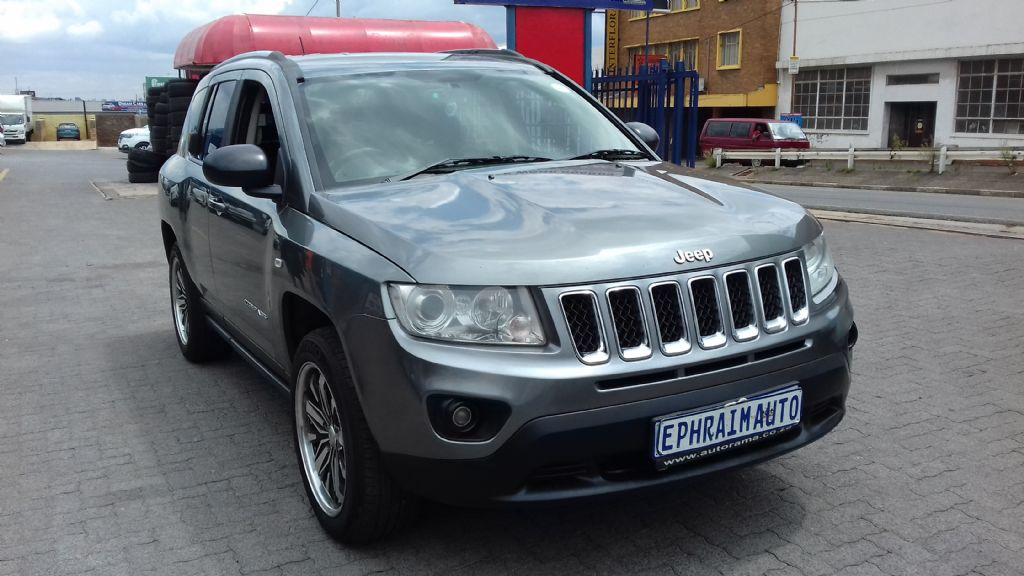 used-jeep-compass-2761888-2.jpg