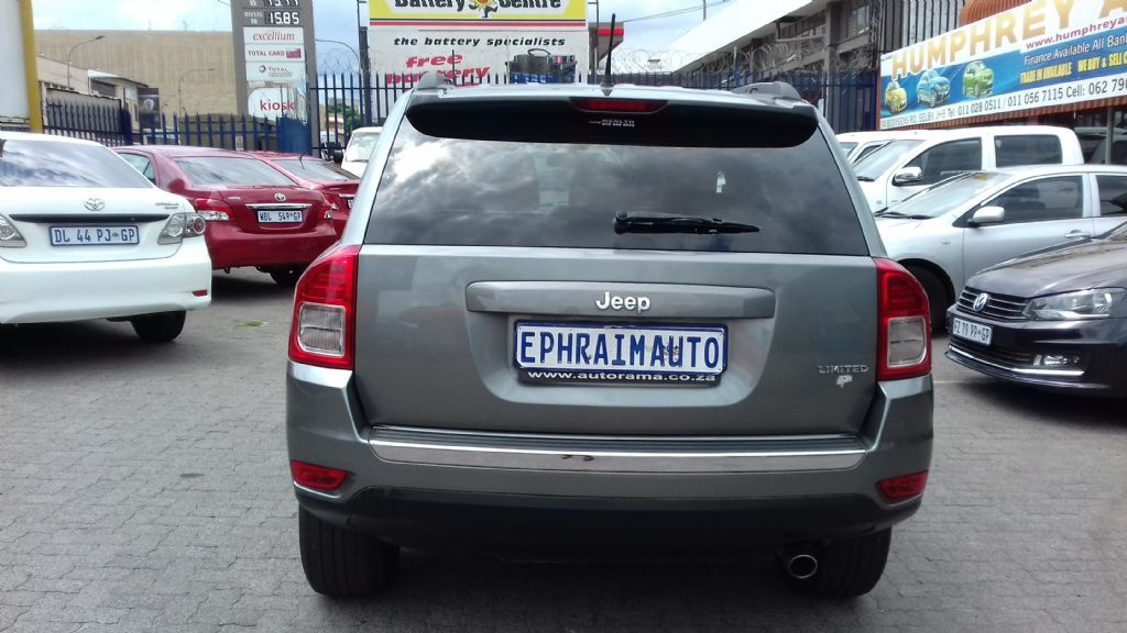 used-jeep-compass-2761888-6.jpg