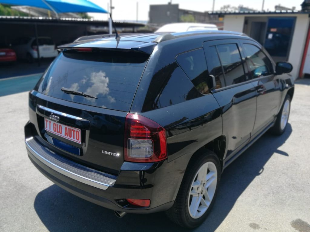 used-jeep-compass-3149679-5.jpg
