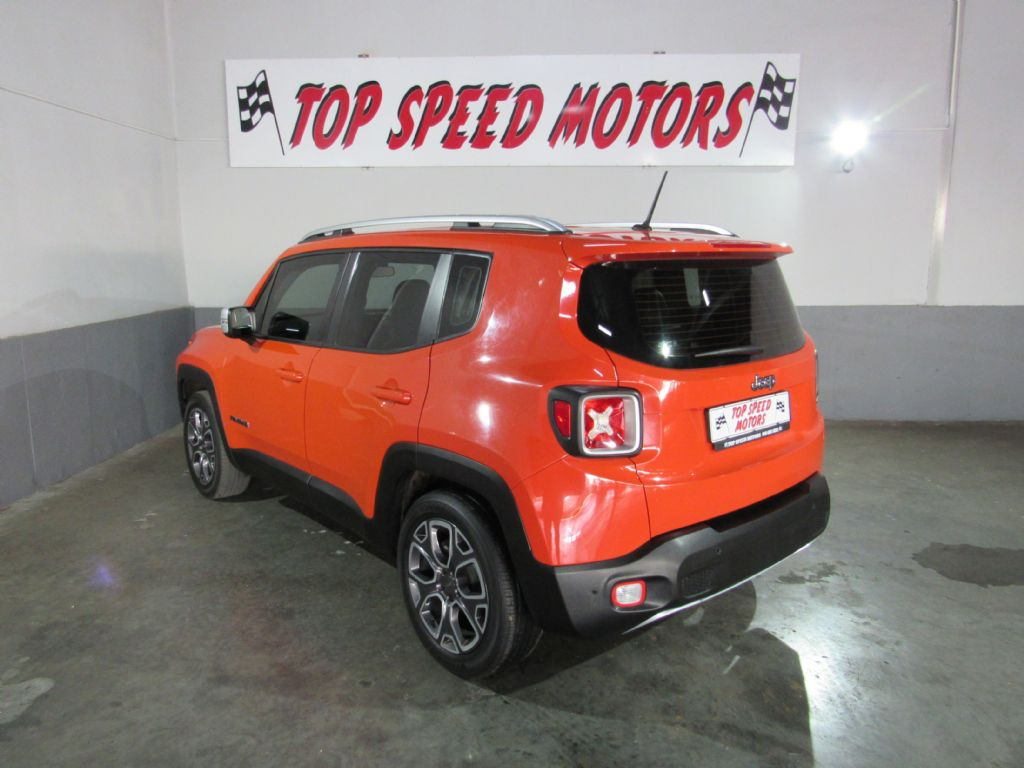 used-jeep-renegade-2956118-4.jpg
