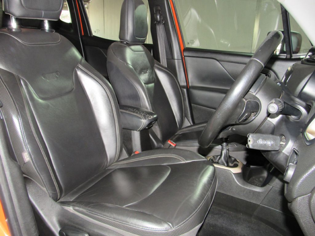 used-jeep-renegade-2956118-7.jpg