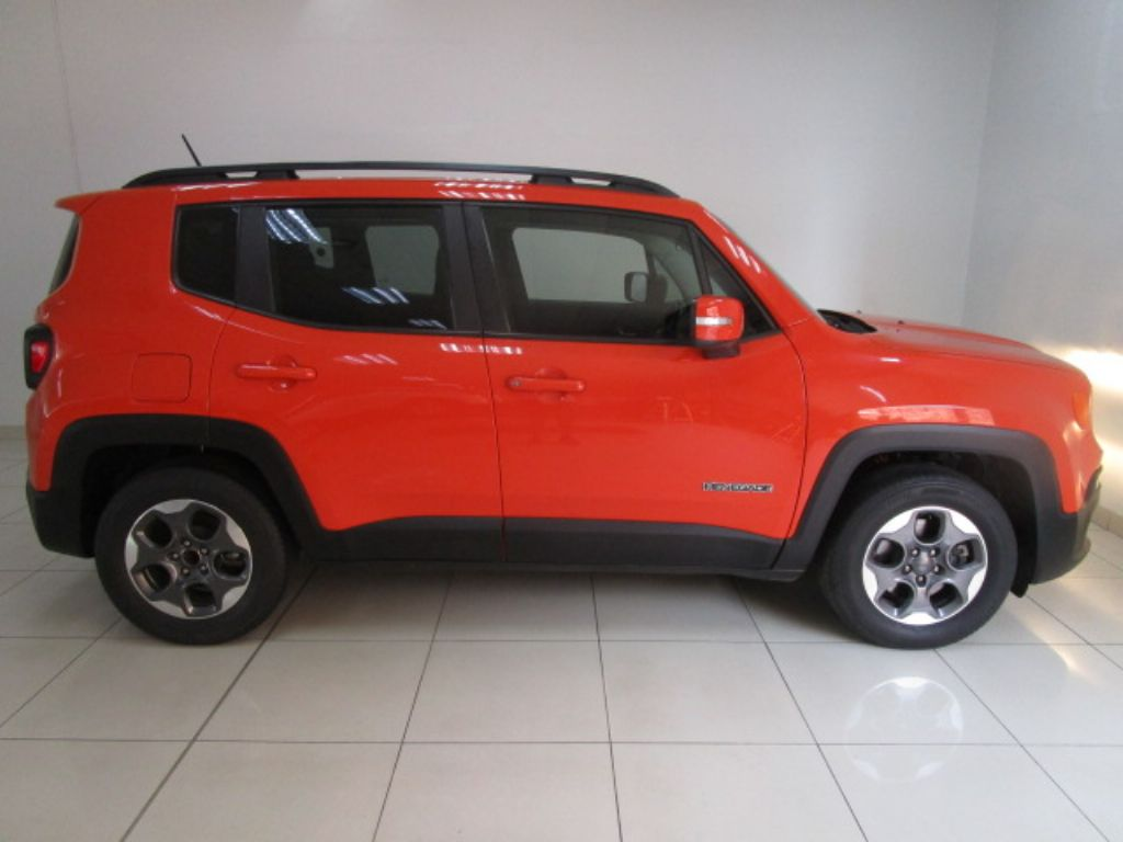 used-jeep-renegade-3171234-4.jpg