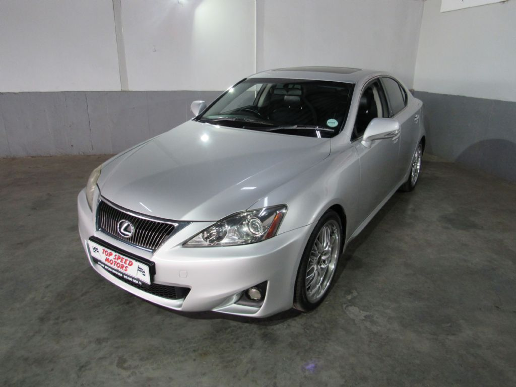 used-lexus-is-3223091-2.jpg