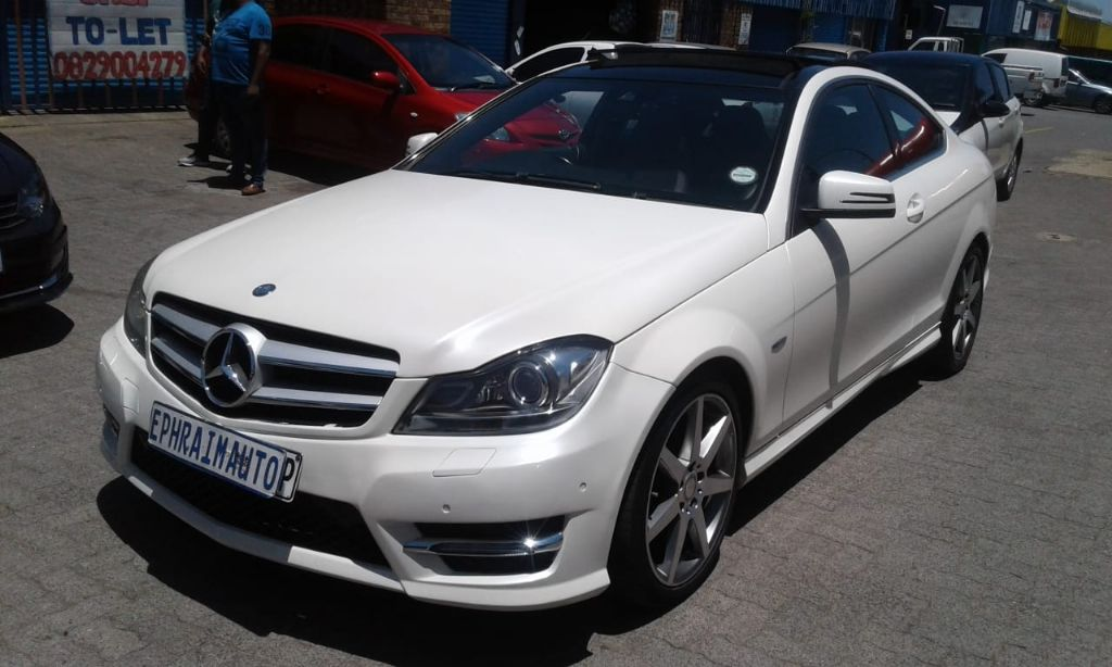 used-mercedes-benz-c-class-2734765-6.jpg