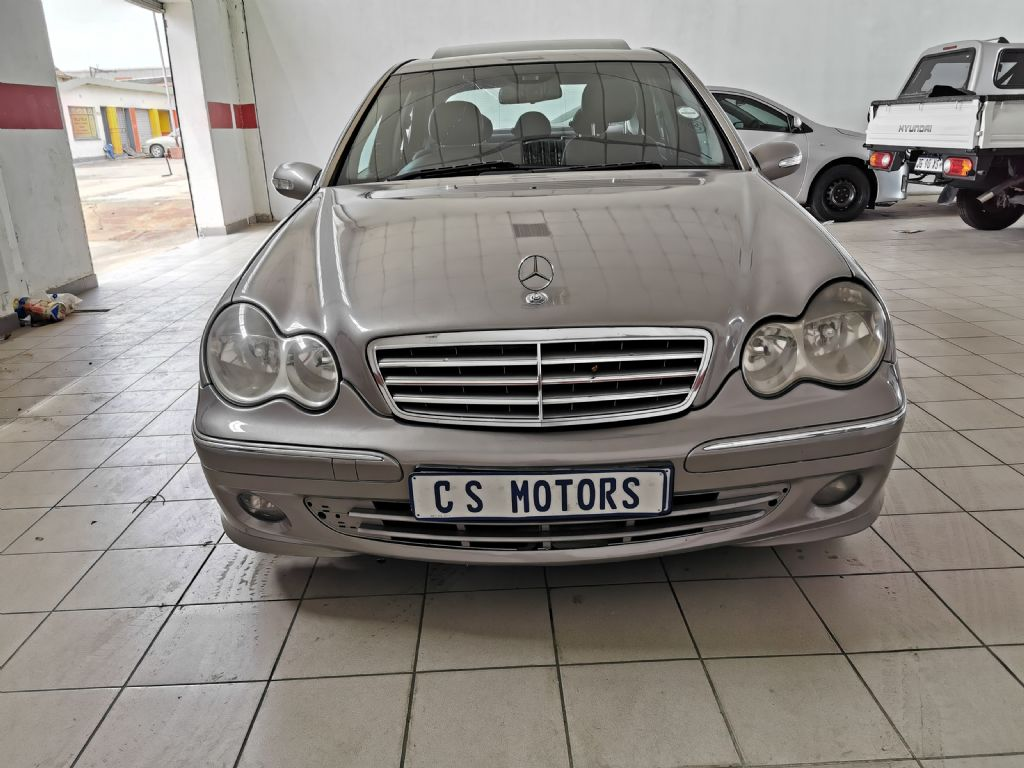 used-mercedes-benz-c-class-2765798-2.jpg