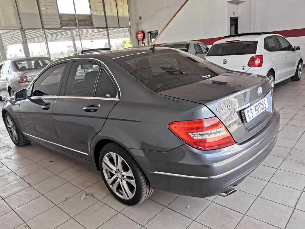 used-mercedes-benz-c-class-2770804-4.jpg
