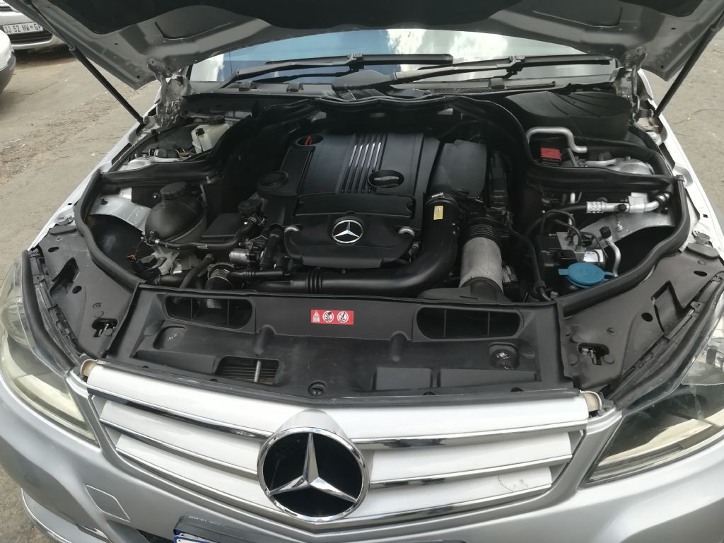 used-mercedes-benz-c-class-2821595-6.jpg