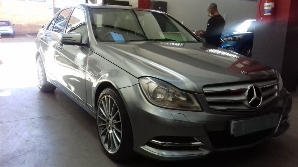 used-mercedes-benz-c-class-2967667-2.jpg