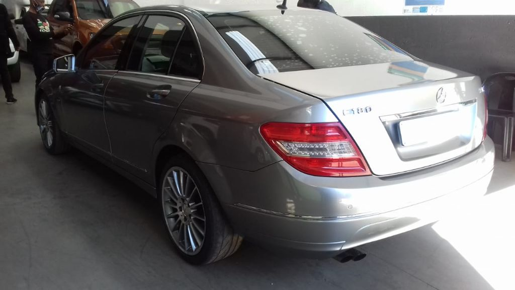used-mercedes-benz-c-class-2967667-3.jpg
