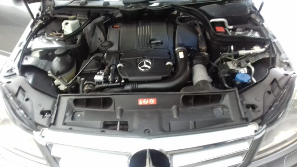 used-mercedes-benz-c-class-2967667-5.jpg