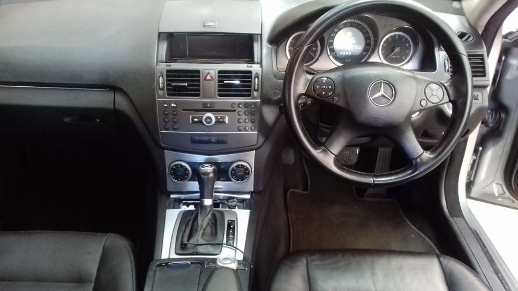 used-mercedes-benz-c-class-2967667-9.jpg
