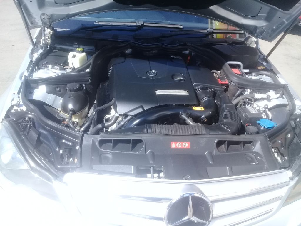 used-mercedes-benz-c-class-3048146-8.jpg