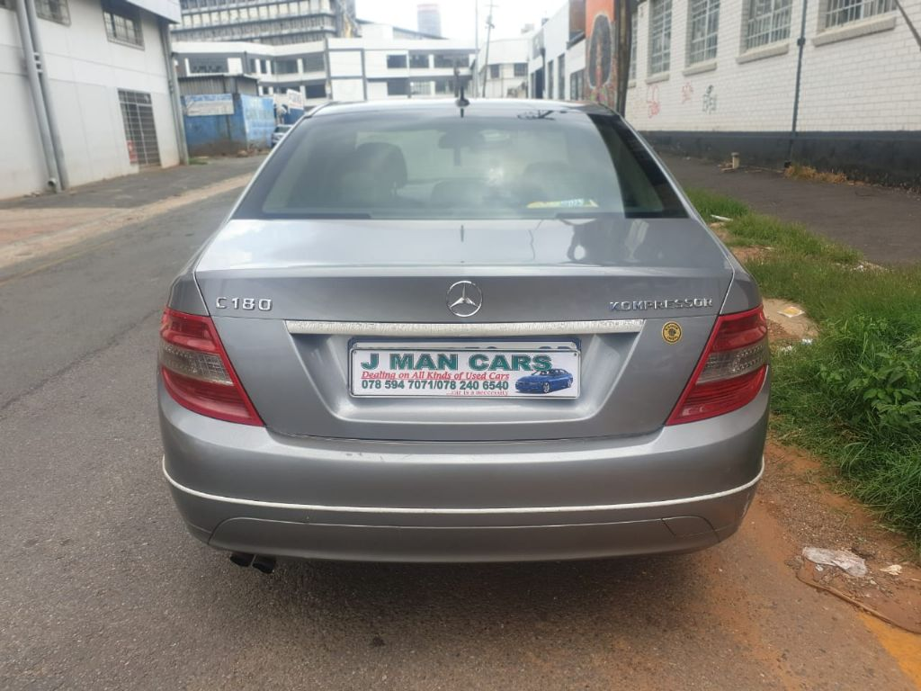 used-mercedes-benz-c-class-3209691-4.jpg