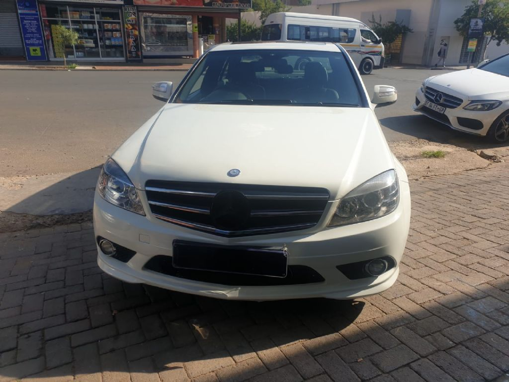 used-mercedes-benz-c-class-3217318-1.jpg