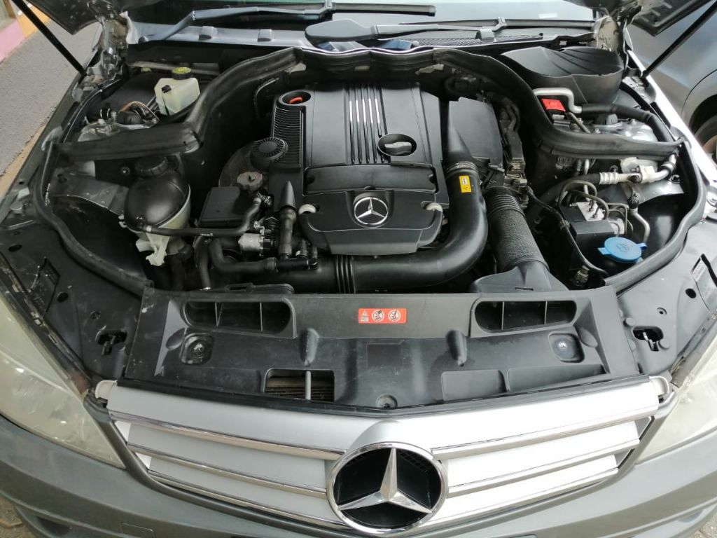 used-mercedes-benz-c-class-3229468-10.jpg
