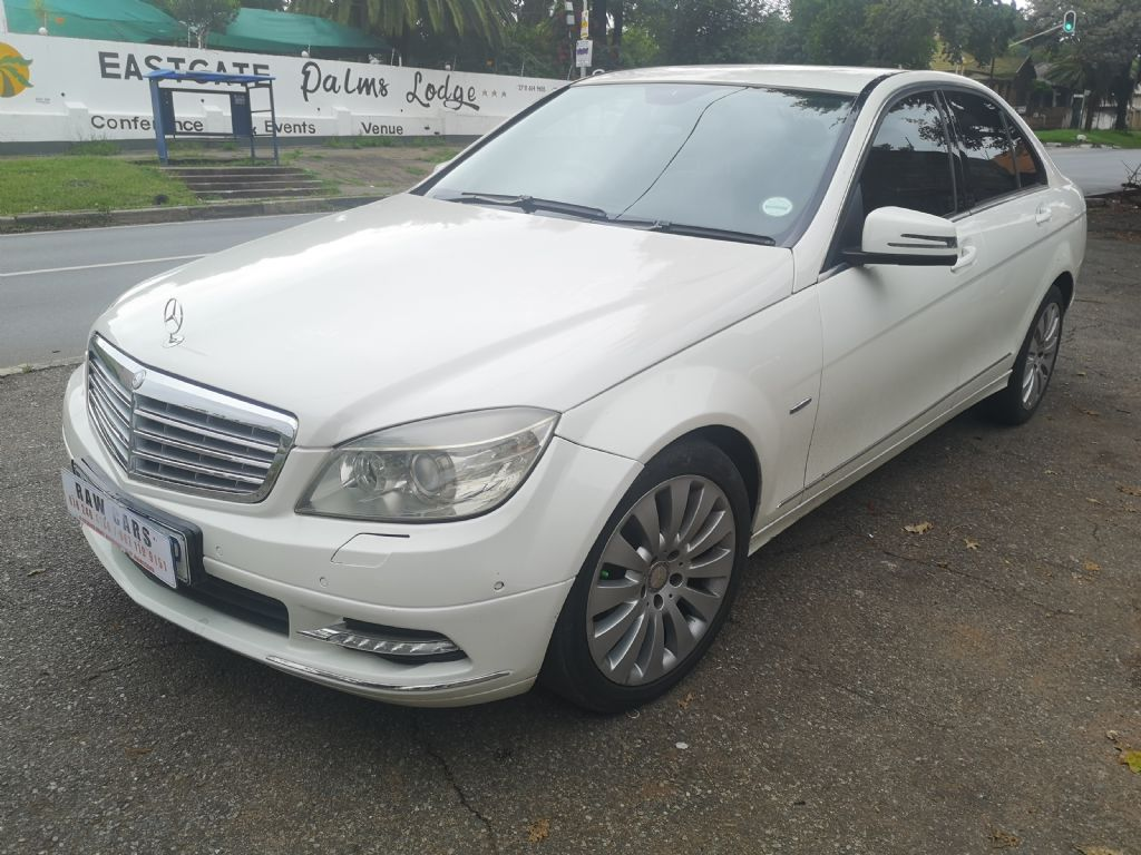 used-mercedes-benz-c-class-3232641-2.jpg