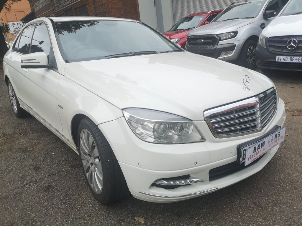 used-mercedes-benz-c-class-3232641-3.jpg