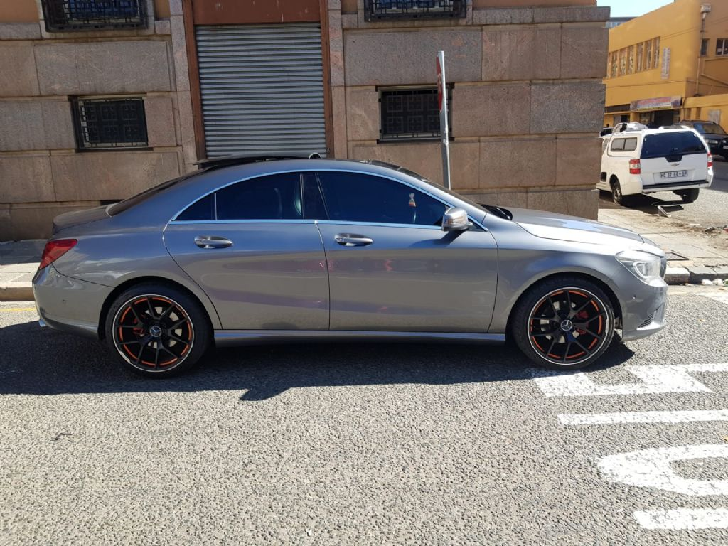 used-mercedes-benz-cla-class-2971610-4.jpg