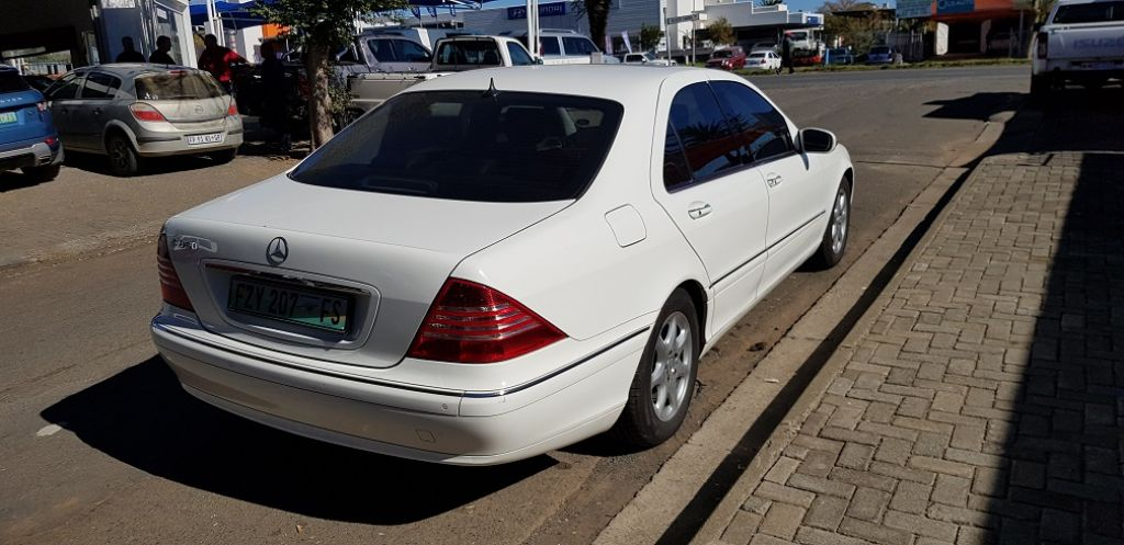 used-mercedes-benz-s-class-2059136-6.jpg