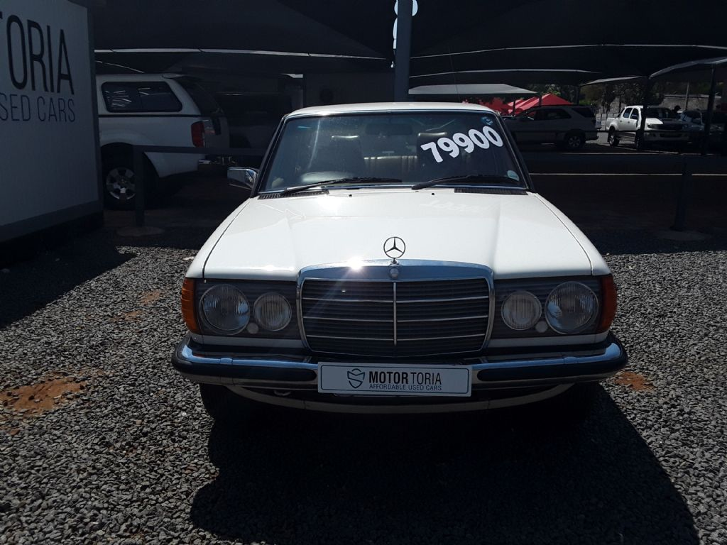 used-mercedes-benz-w123-3110351-3.jpg