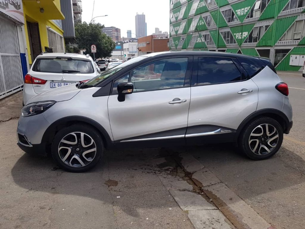 used-renault-captur-2727678-1.jpg