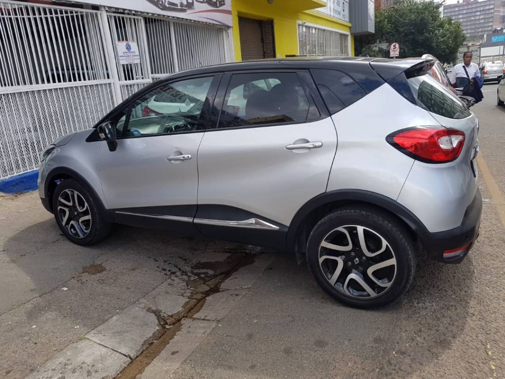 used-renault-captur-2727678-3.jpg