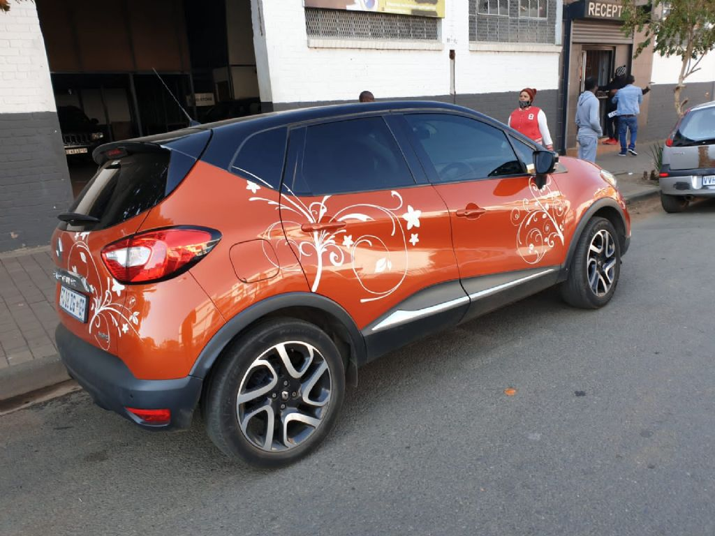 used-renault-captur-2956929-5.jpg