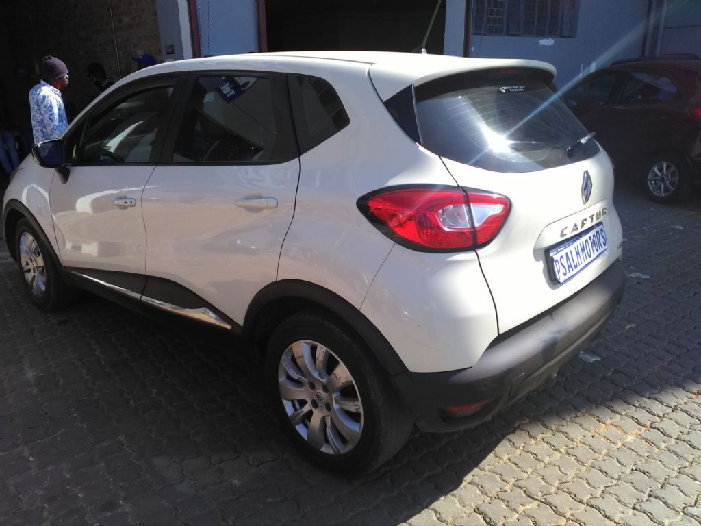used-renault-captur-2999293-5.jpg