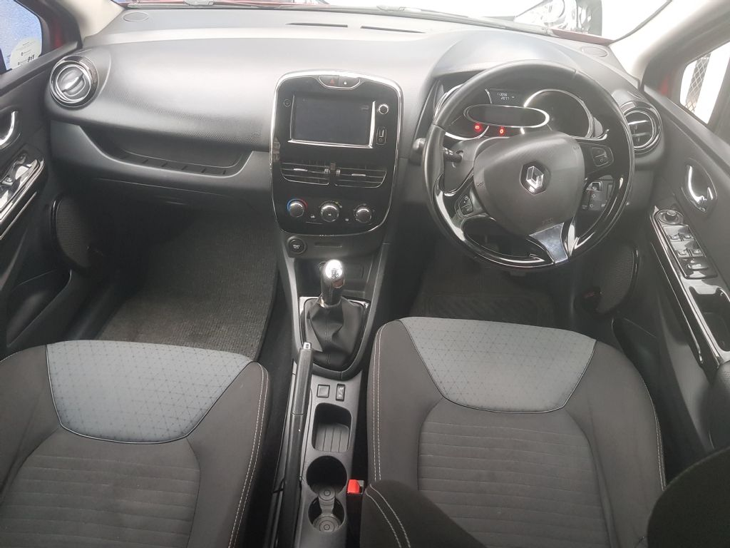 used-renault-clio-2366638-8.jpg