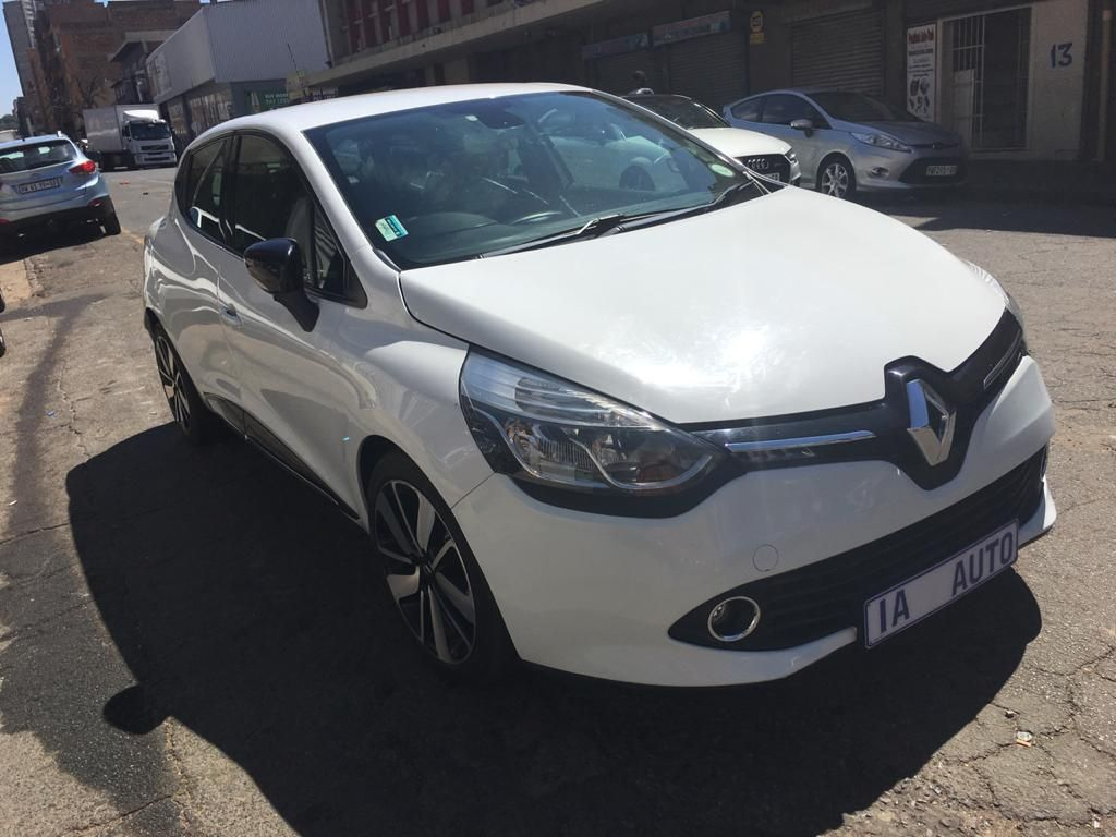 used-renault-clio-2821414-1.jpg