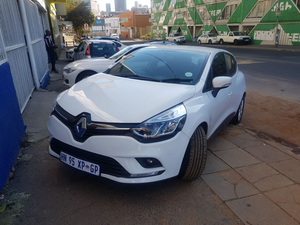 used-renault-clio-2907985-5.jpg