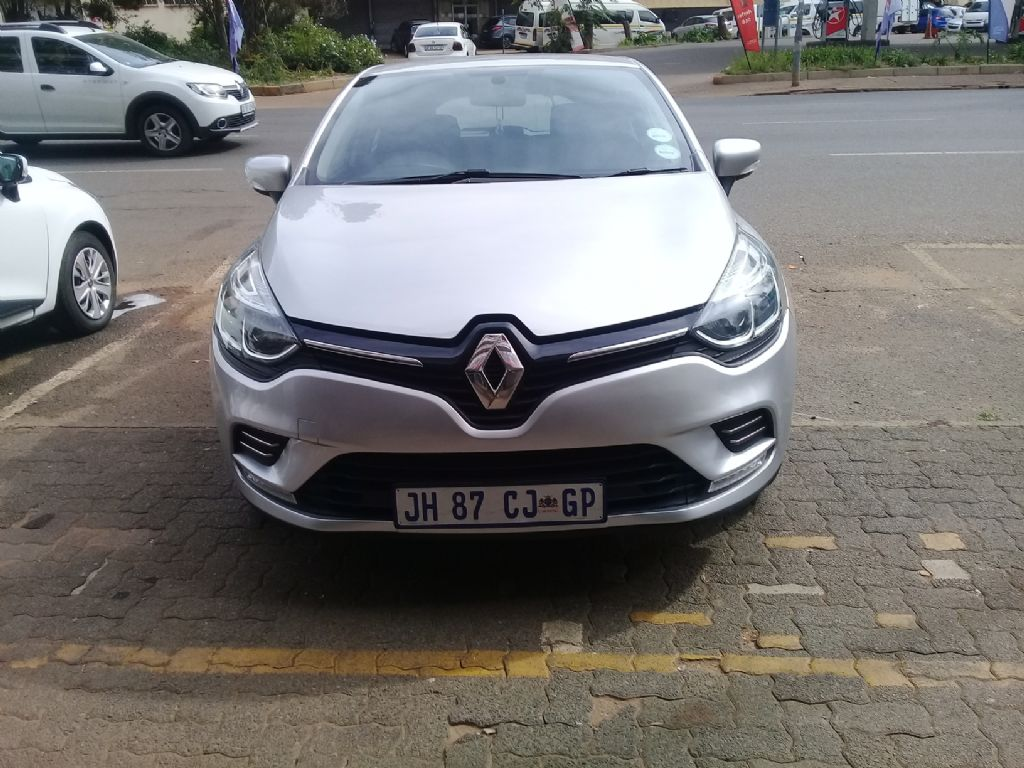 used-renault-clio-2910441-1.jpg