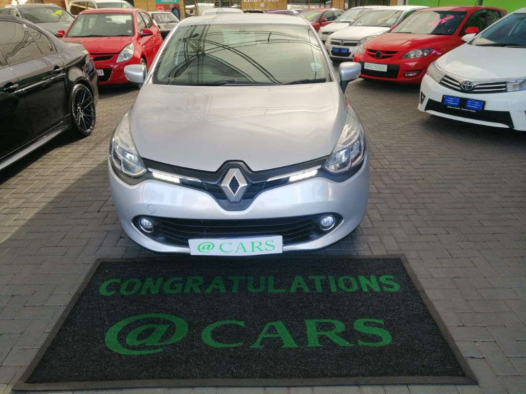 used-renault-clio-3018209-3.jpg
