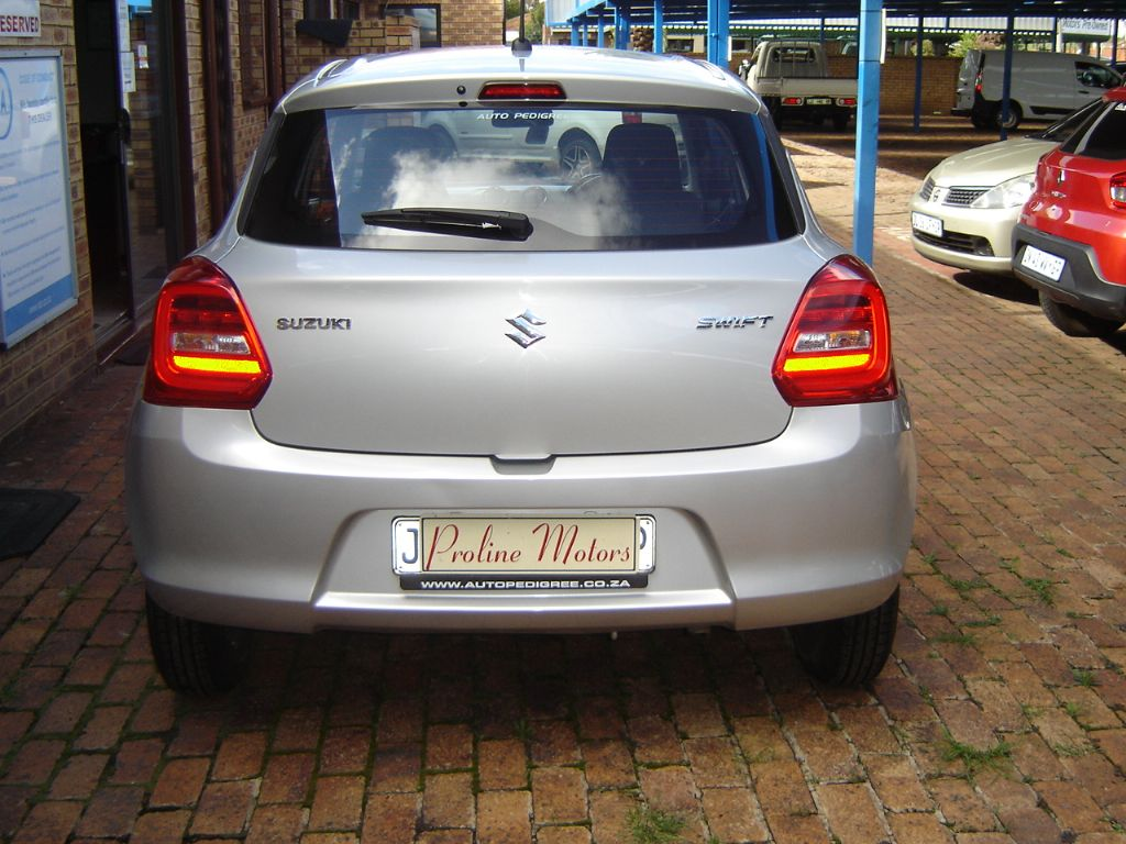 used-suzuki-swift-3271715-4.jpg