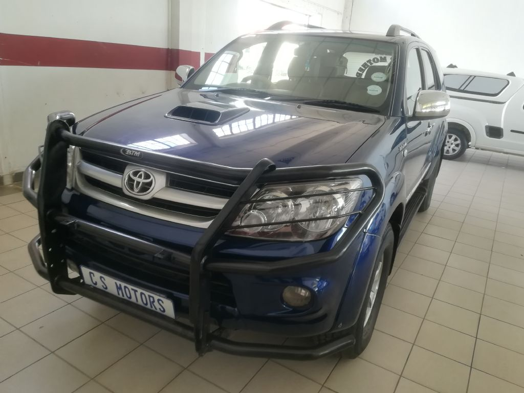 used-toyota-fortuner-2929864-2.jpg