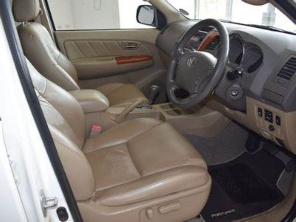 used-toyota-fortuner-3085984-8.jpg