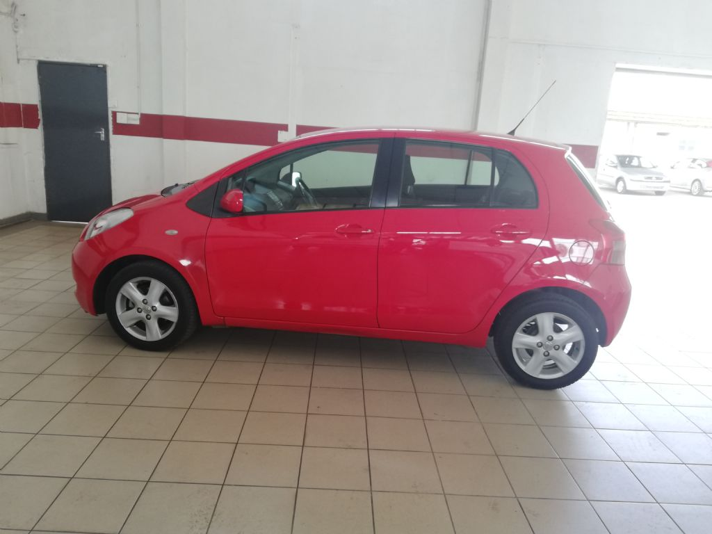 2009 Toyota Yaris T3 A-C 5Dr