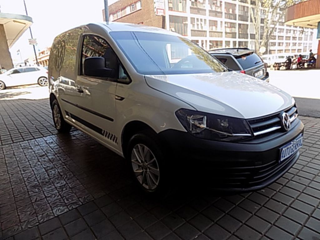 used-volkswagen-caddy-2772060-2.jpg