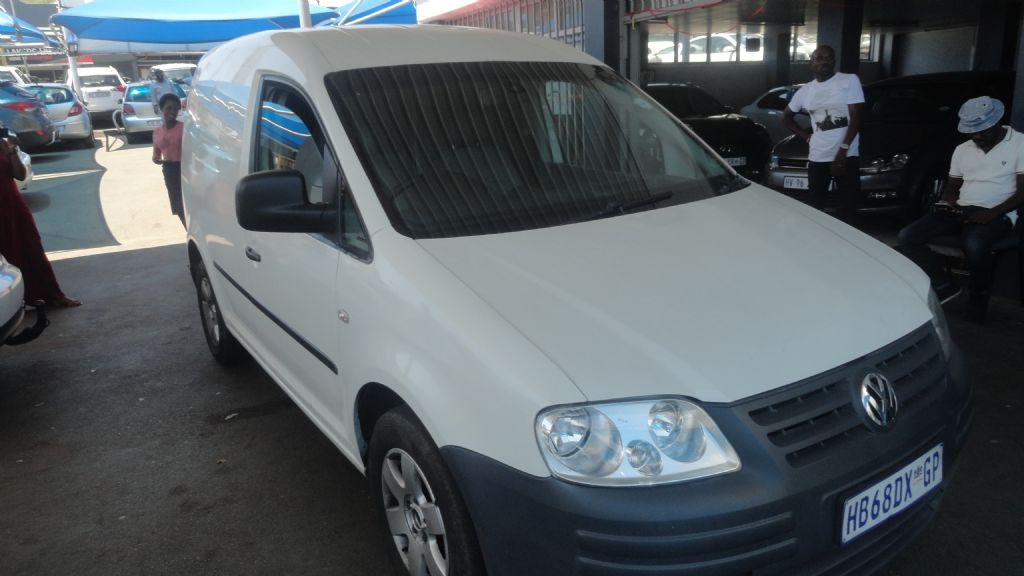 used-volkswagen-caddy-2838725-5.jpg