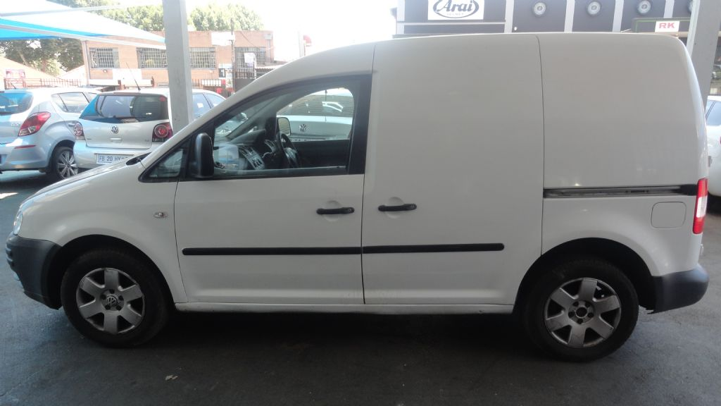 used-volkswagen-caddy-2838725-9.jpg
