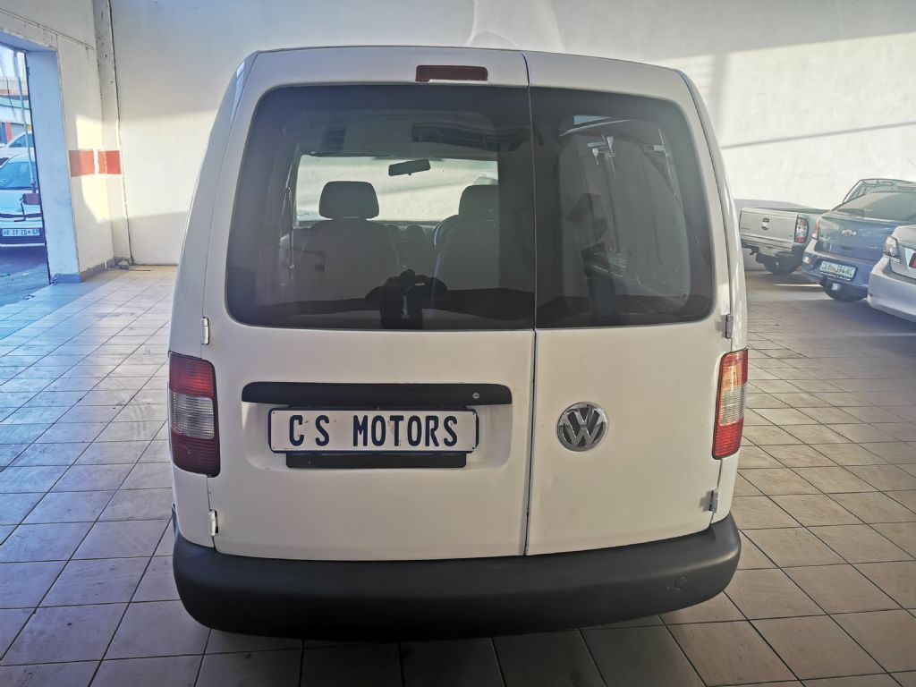 used-volkswagen-caddy-2934855-5.jpg