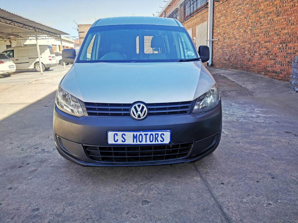 used-volkswagen-caddy-3017155-1.jpg